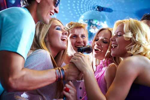 Las 3 mejores Aplicación de karaoke gratis para pc, android e iphone